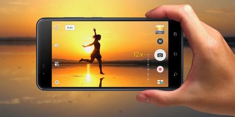 Asus Zenfone Zoom S ZE553KL - Navy Black