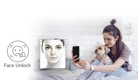 LG Q6+ (Ice Platinum)