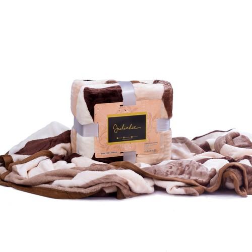 Juliahie Acrylic Blanket Motif 3