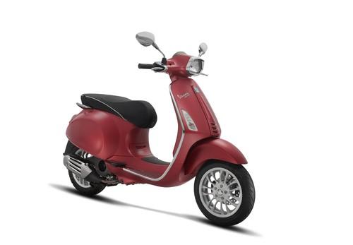 Vespa Sepeda Motor Sprint 150cc I-GET - Redmatt
