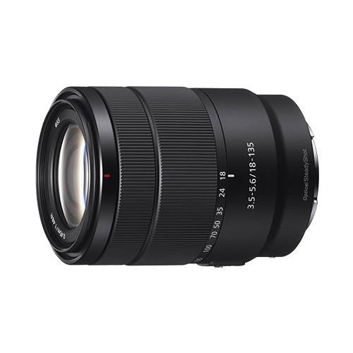 Sony Lensa SEL18135 E 18-135mm F3.5-5.6 OSS - Black