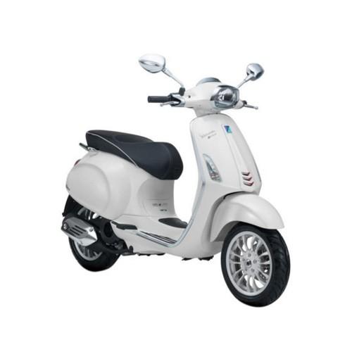 Vespa Sepeda Motor Sprint 150cc I-GET ABS - White