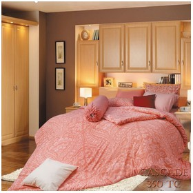 Rise Bed Cover Motif Cascad
