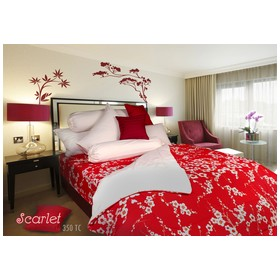 Rise Bed Cover Motif Scarle