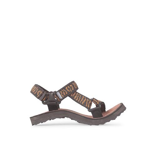 JAVA SEVEN SANDAL GUNUNG WEBBING COKLAT KOMBINASI PRIA Size - 40