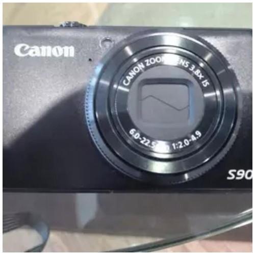 Canon PowerShot S90 (Batangan)