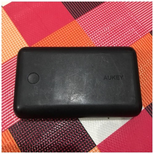 Aukey power bank 10000 mAh
