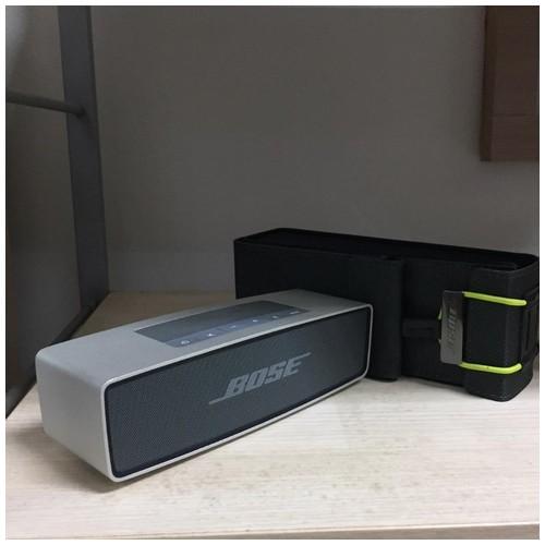 Bose Soundlink Mini Seri 1 + Cover + Adaptor