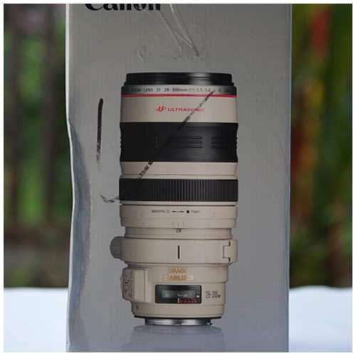 Canon Lens EF 28-300 mm  f 3.5 - 5.6L IS USM