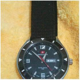 Switch army watch