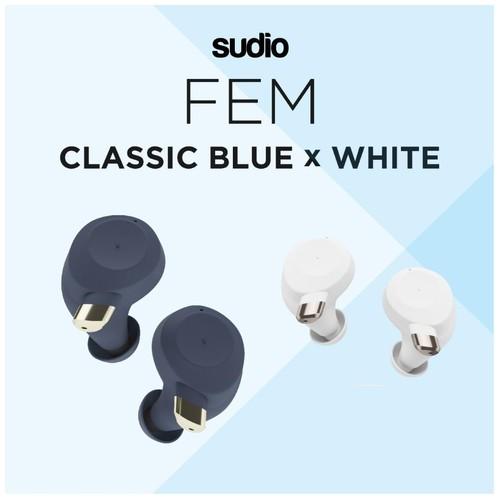 FEM BLUE - FREE WHITE - True Wireless Earbuds