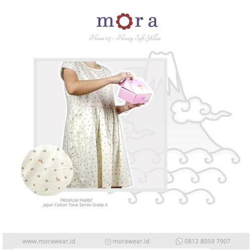 Mora Hana 05 Horse Soft Yellow