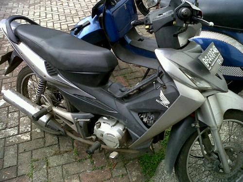 Direct Link for Product Jual Honda Revo th.2007 (jual cepat BU) :
