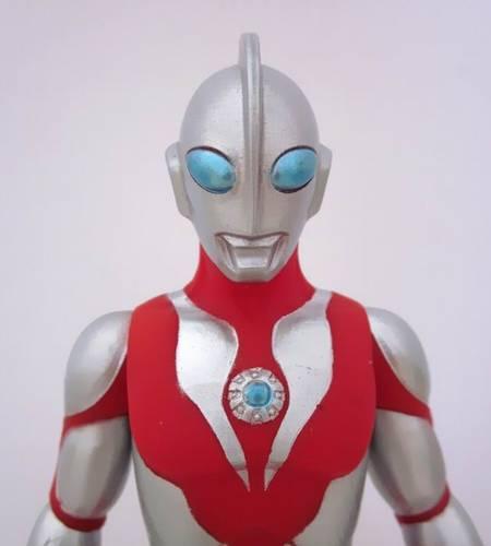Lagoric Museum: Ultra Hero Series Ultraman Powered