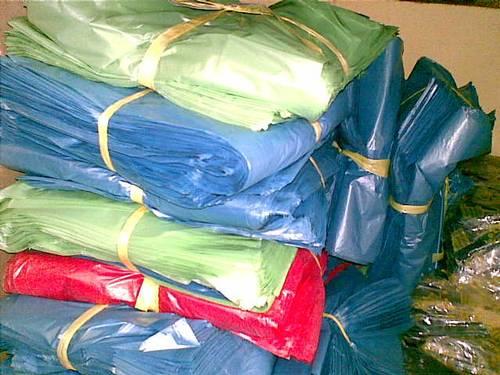 ukuran kresek kantong Los pak warna, harga mulai dari 11.000/kg ...