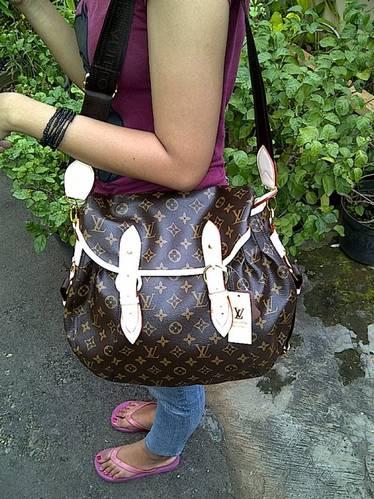 DINOMARKET® : PasarDino™-Louis Vuitton Sunrise KW1