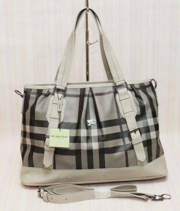 Direct Link for Product Jual TAS Burberry Andrea Selempang - Apricot :