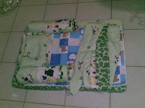 Tempat Tidur Bayi Lipat Images