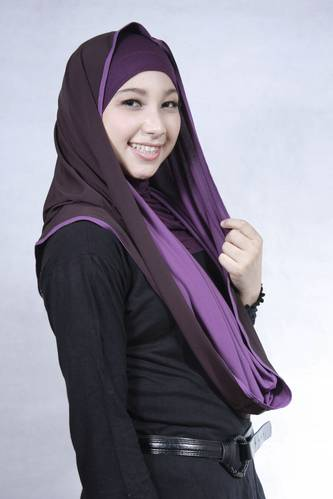 Cara Berhijab Panjang Selebriti Indonesia Mukena Bali Jilbab Jilbab