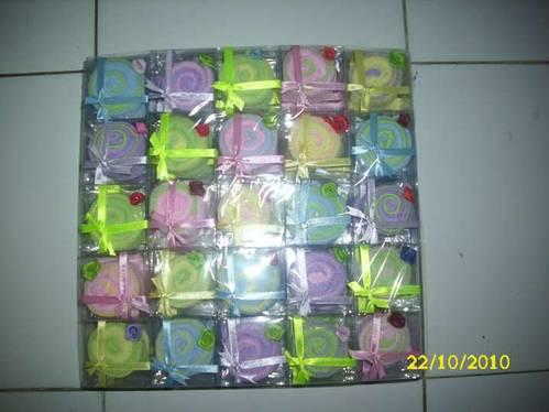 Jual SOUVENIR PERNIKAHAN TOWEL,souvenir pernikahan handuk,souvenir towel cake