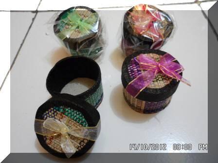 DINOMARKET® : PasarDino™-souvenir pernikahan Tempat Perhiasan Anyam