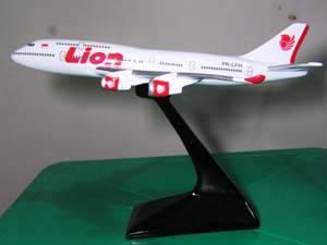 Jual Miniatur Pesawat - Garuda, Lion Air, Citilink, Emirate, dll