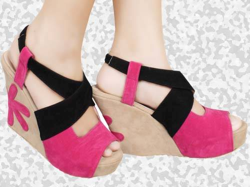 Model Sandal Wanita Untuk Lebaran Terbaru