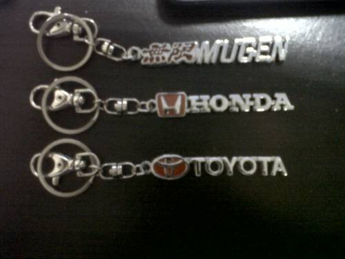 Jual Gantungan Kunci Mobil dengan Logo mobil