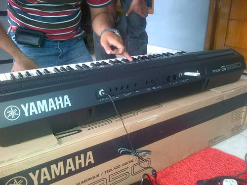 Dinomarket pasardino end year sale yamaha new psr s950 for Yamaha psr s950 for sale