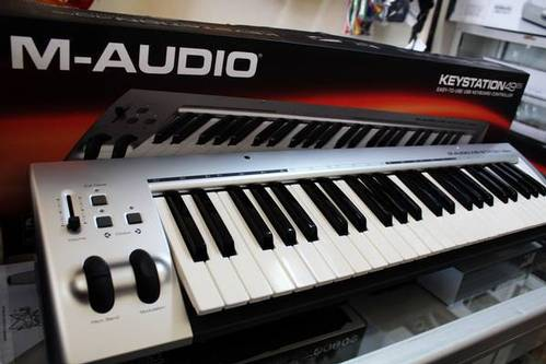 dinomarket pasardino keyboard controller m audio behringer akai korg. Black Bedroom Furniture Sets. Home Design Ideas